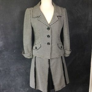 ANN TAYLOR | Houndstooth 3-Button Blazer Skirt Set